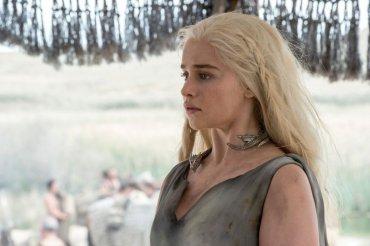 Daenerys Targaryen fue raptada al final de la quinta temporada. Su destino en los nuevos capítulos es incierto