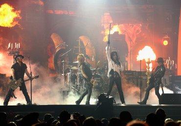 Johnny Depp, Duff McKagan, Alice Cooper y Joe Perry