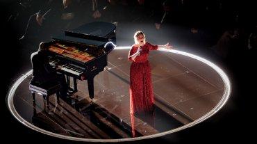 Adele llenó de emoción con su performance de All I ask