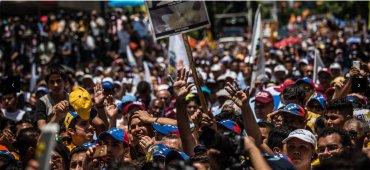 SEPTIEMBRE – El líder opositor venezolano Leopoldo López fue sentenciado por el régimen de Nicolás Maduro a 13 años de prisión