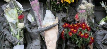 NOVIEMBRE - El Parlamento francés tomó medidas extraordinarias luego de los ataques terroristas en París