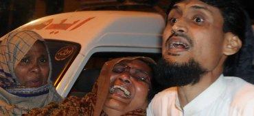 MARZO - El gobierno pakistaní endureció las leyes contra el terrorismo luego del brutal ataque de Peshawar en diciembre de 2014