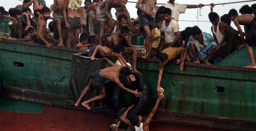 MAYO - Cientos de refugiados e inmigrantes fueron abandonados en el mar de Andaman, en Bagladesh y Myanmar