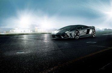 El Lamborghini Aventador Carbonado tiene un motor de 6,5 litros y una cilindrada V12