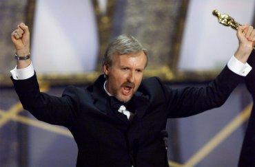 Soy el rey del mundo.James Cameron, mejor director de 1998 porTitanic