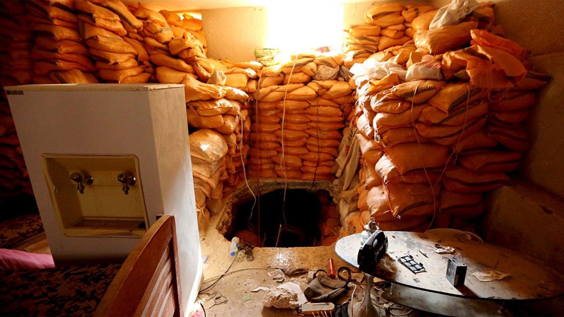 Los túneles fueron hechos en diciembre en la ciudad iraquí de Sinjar. Los terroristas proveían con electricidad el interior de los escondites.