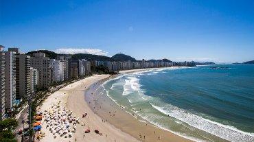 La vista a la Playa de las Asturias, en Guarujá, San Pablo. El ex presidente y líder sindical podía descansar sus ojos frente al mar