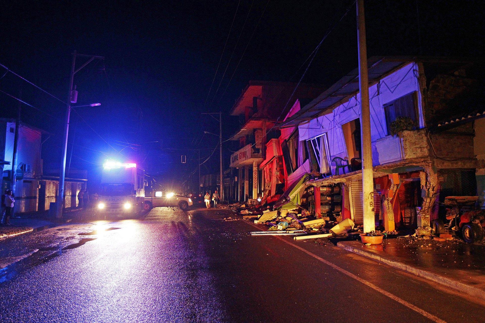 El sismo con epicentro en la provincia de Manabí, a 300 kilómetros deQuito, es el terremoto más fuerte desde 1979