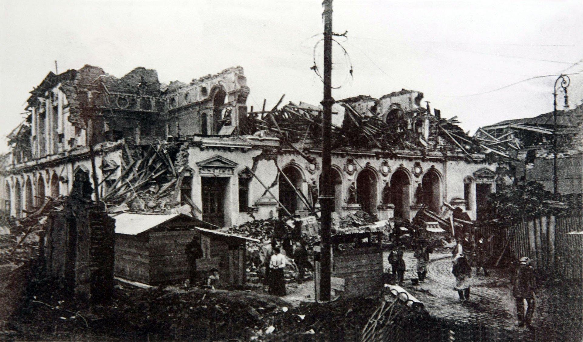 Valparaíso, Chile. 17 de agosto de 1906.Los reportes de la época aseguran que el terremoto (8,2 en la escala de Richter) duró cuatro minutos y causó daños severos en la región central de Chile. Según datos de las Universidad de Chile, murieron 3.882 personas