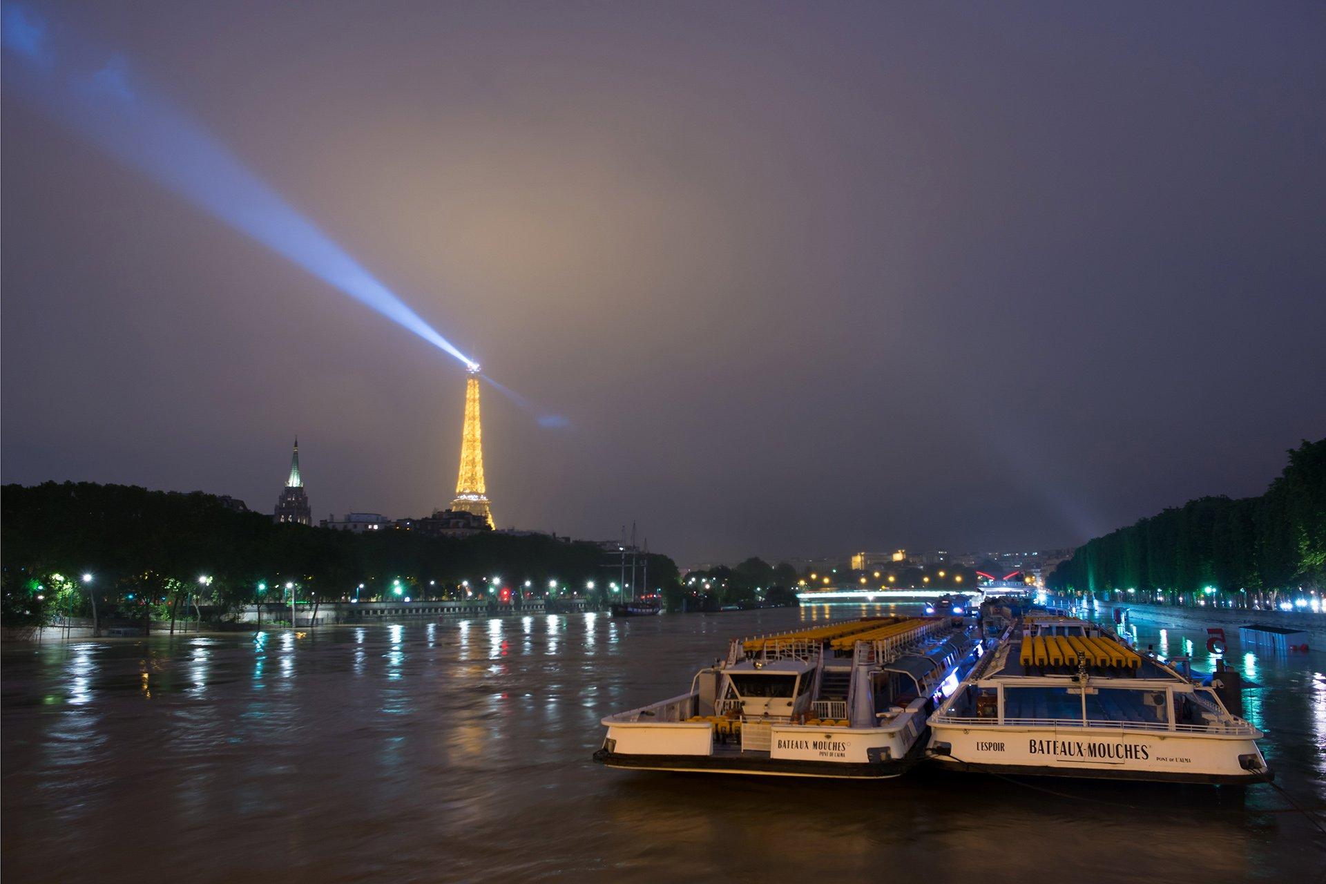 Los paseos en lancha por el Sena se cancelaron por la crecida